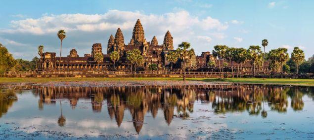 A Angkor-Wat-Siem-Reap-Cambodia-©-Lakhesis-Dreamstime1.jpg