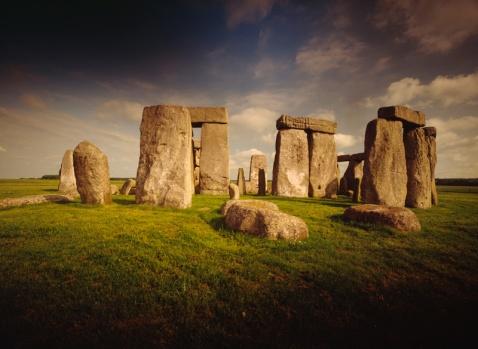 S stonehenge.jpg