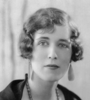 8. georgette-heyer